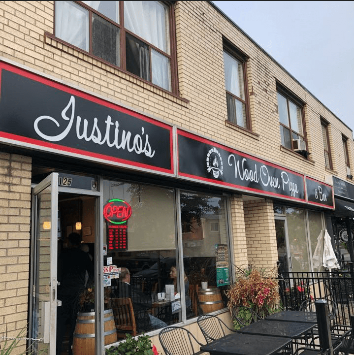 Exterior View - Justino Pizza